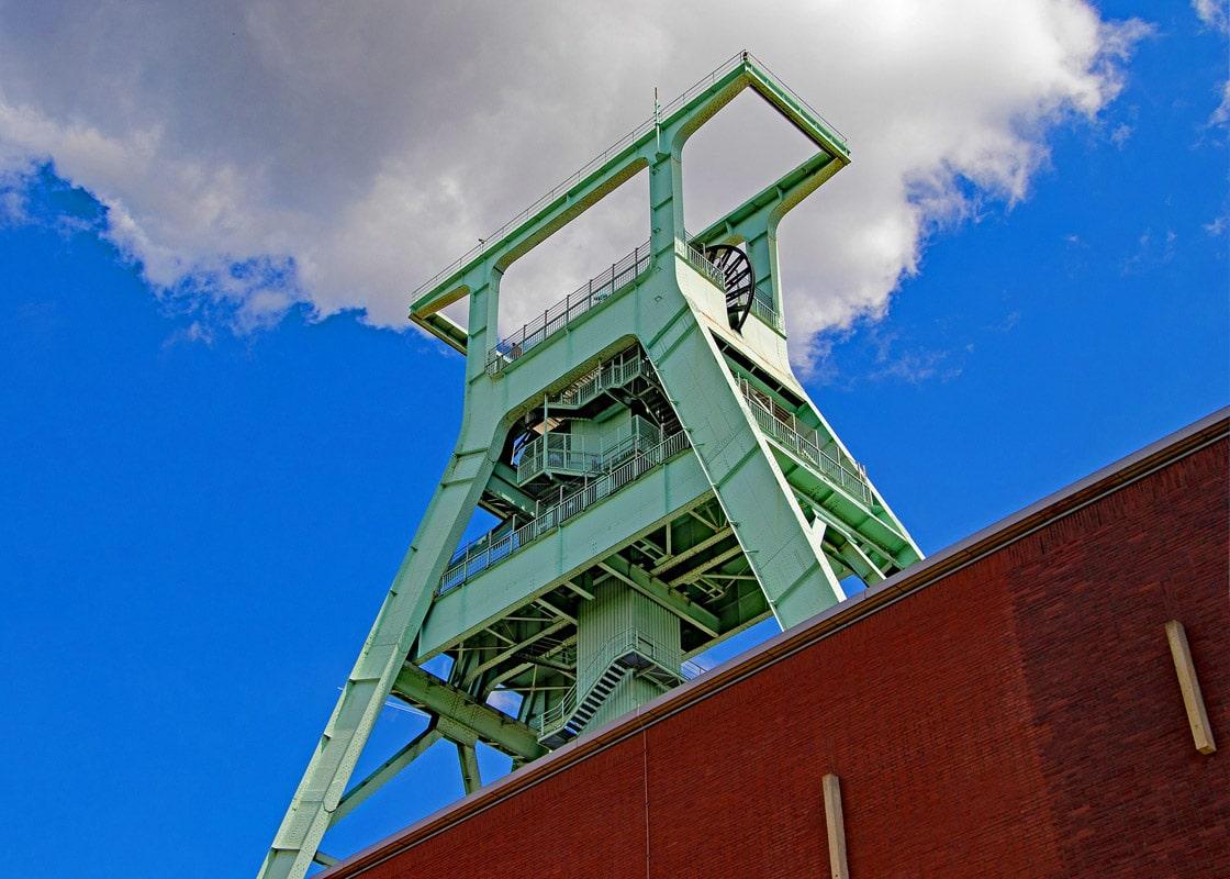 Blick auf einen Förderturm in Bochum
