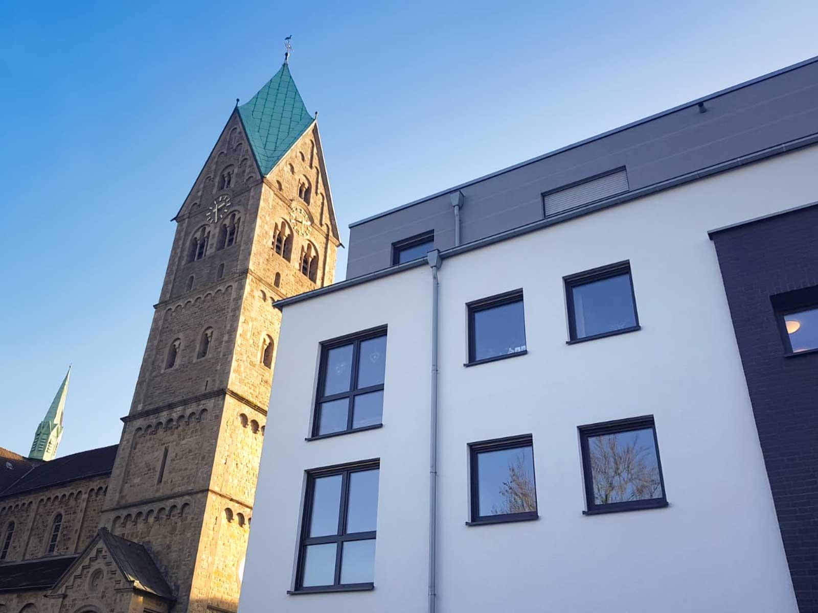 Essen Burgaltendorf Kirche und Wohnimmobilien