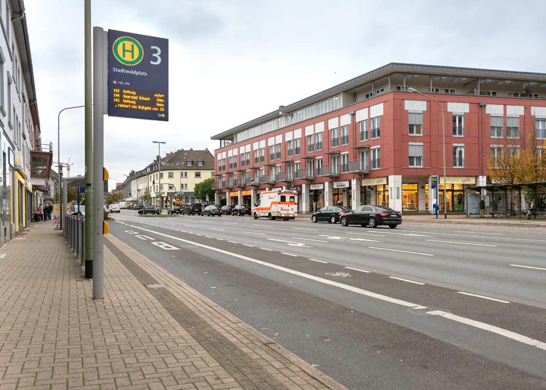 Der Stadtwaldplatz am Anfang der Frankenstraße